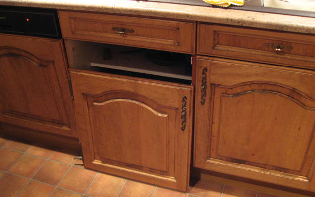 Repairs To Cracked Or Damaged Cabinets Doors Kicker
